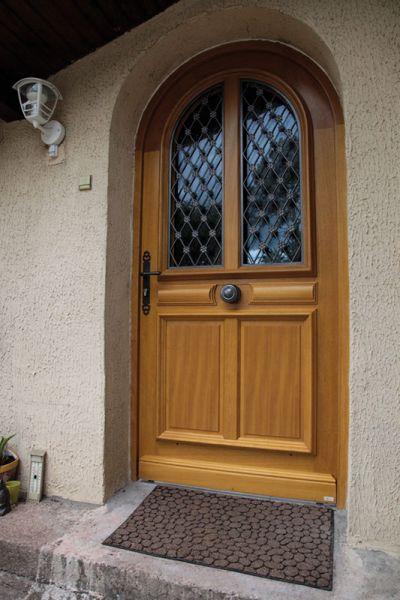 <p>Porte entrée Bois Condorcet<br></p>