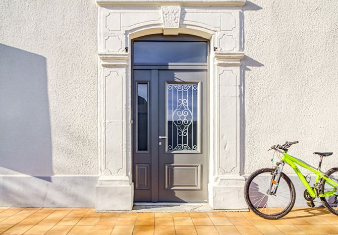 <p>Porte d'entrée Alu Confort Cordey 1<br></p>